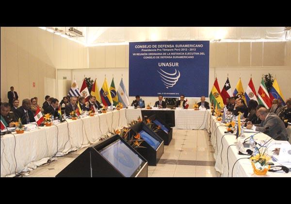 UNASUR ( Unión de Naciones Suramericanas) Galeria_27_11_2012_0002